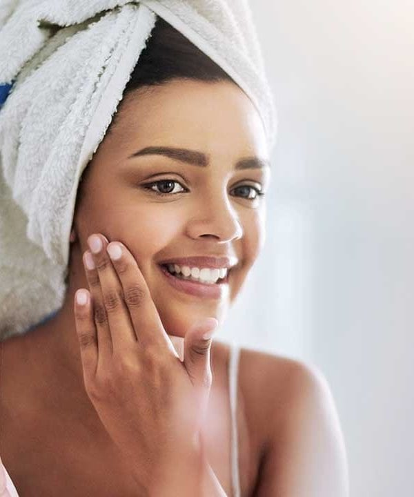 8 Non-Invasive Cosmetic Treatments That Save You Time