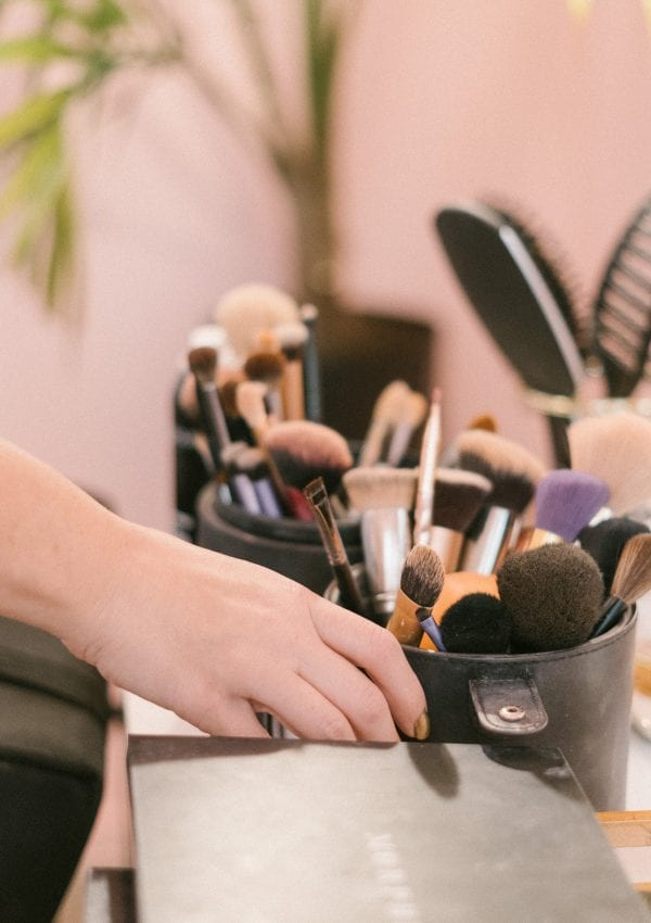 5 Reasons Why You Should Start a Career in Permanent Makeup