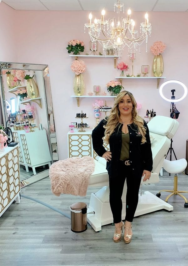 "Alicia In The News: Tap Into Coral Springs ""Coral Springs Beauty Influencer: ""I Just Want To Help People Feel Happy"""""